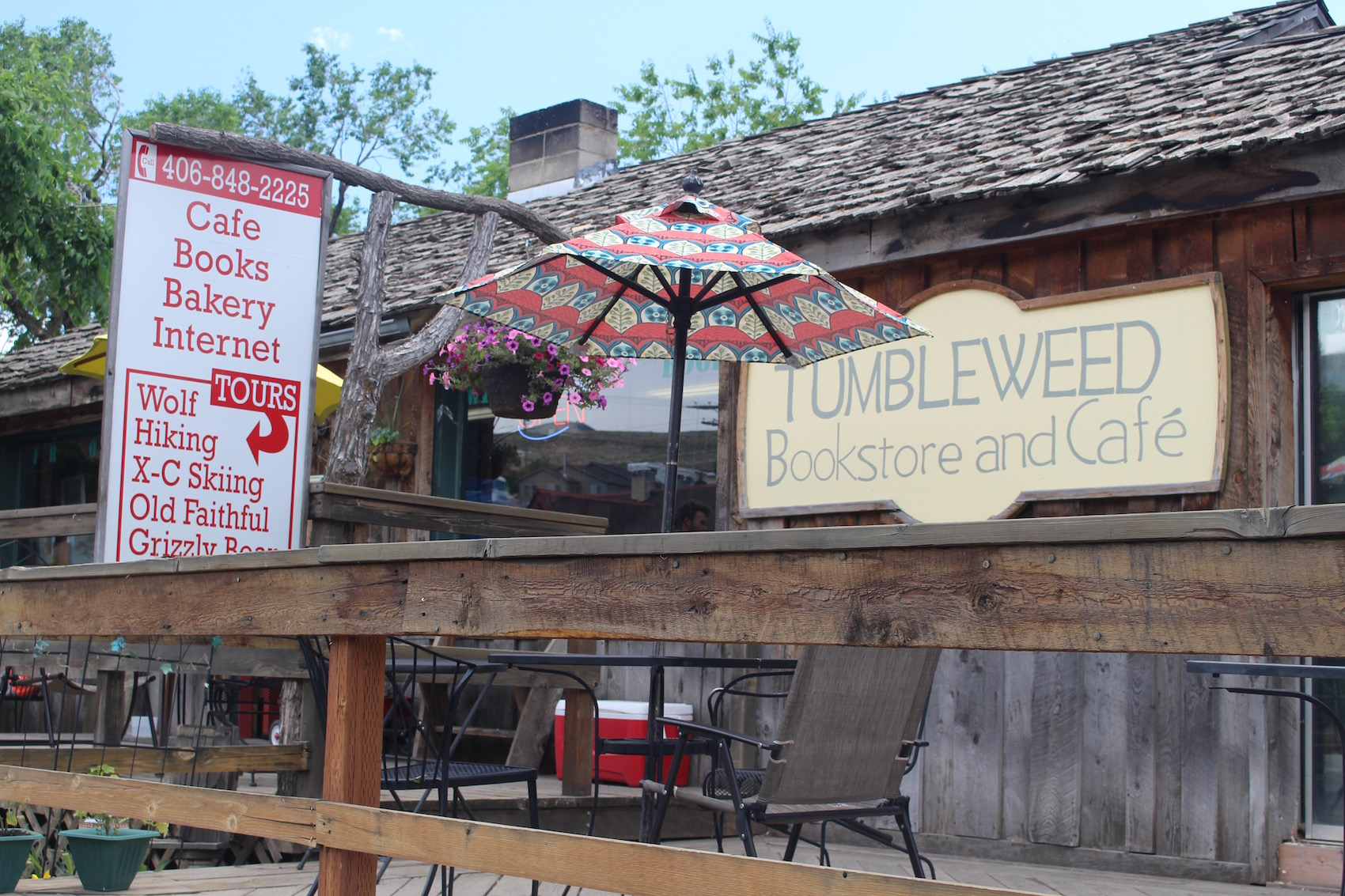 13852 Tumbleweed Bookstore and Cafe Gardiner credit Tim ODonoghue