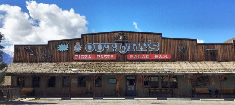 Outlaw's Pizza